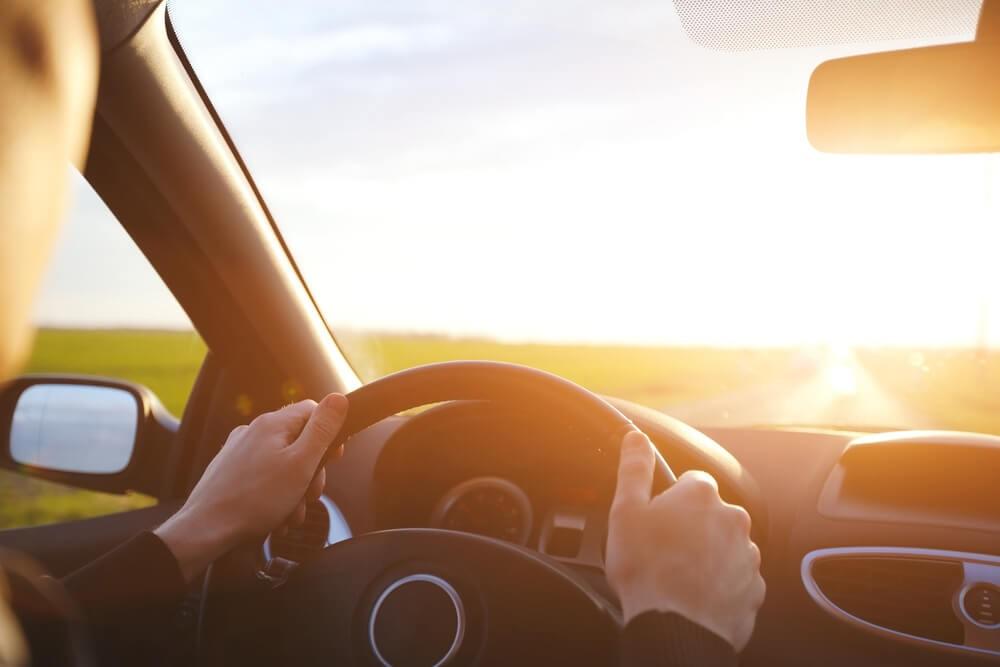 خطر الشمس داخل سيارتك!